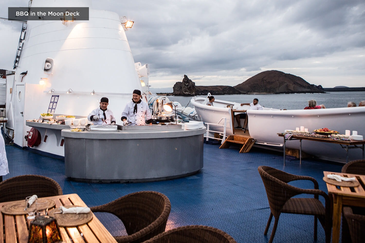 BOUTIQUE EXPEDITION CRUISE